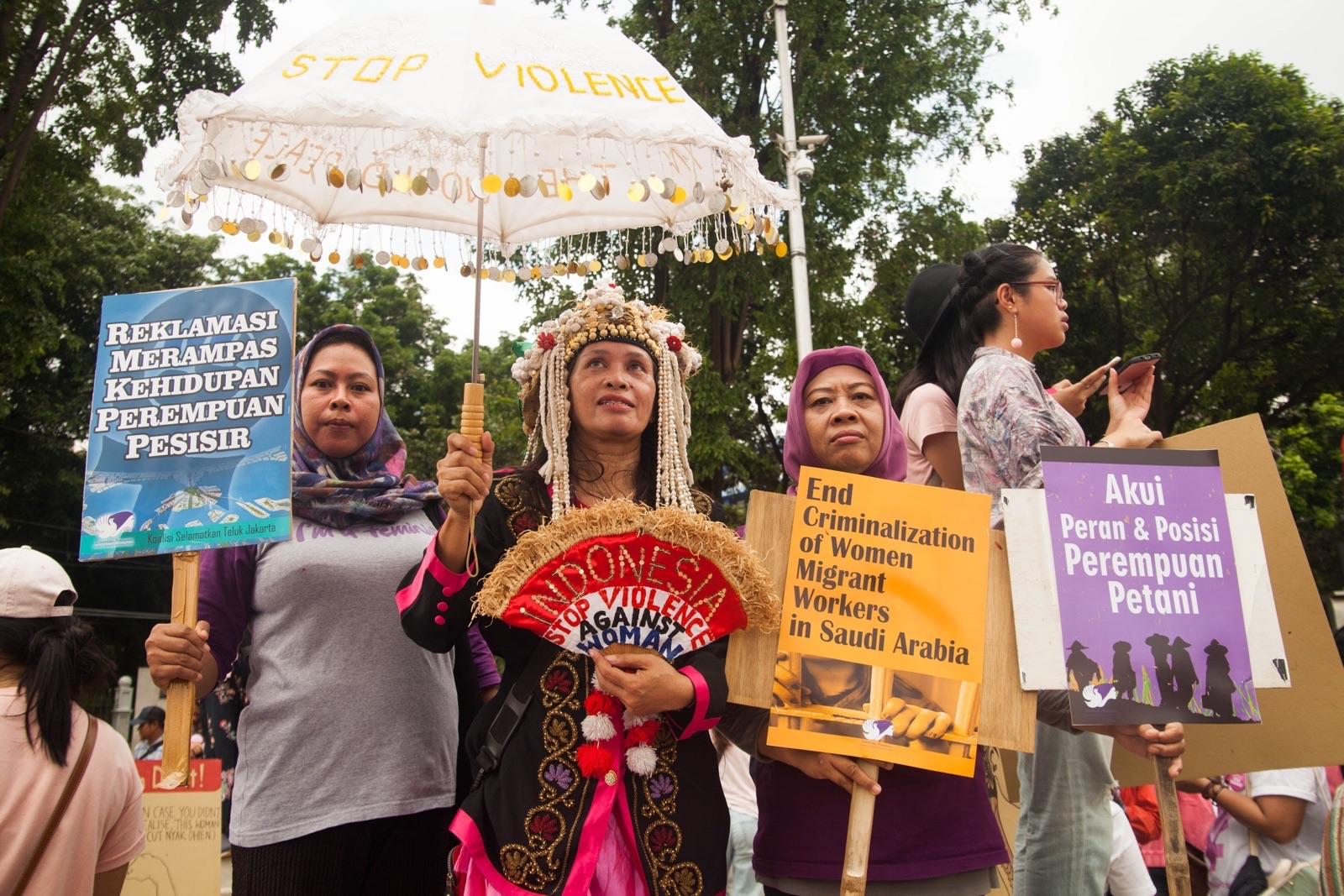 Kemaluan perempuan indonesia sexual harassment