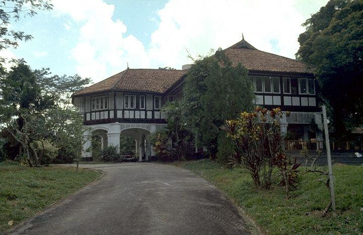 Photograph of colonial house at Tanglin Hill, 1980. - New Naratif